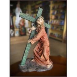 تمثال يسوع حامل الصليب