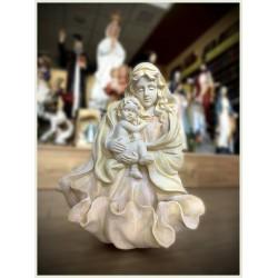 تمثال مريم العذراء للمياه المقدسة